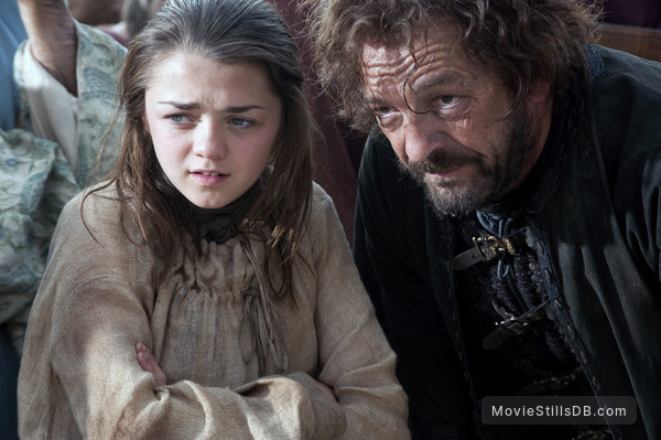 Game of Thrones - Publicity still of Maisie Williams & Francis Magee