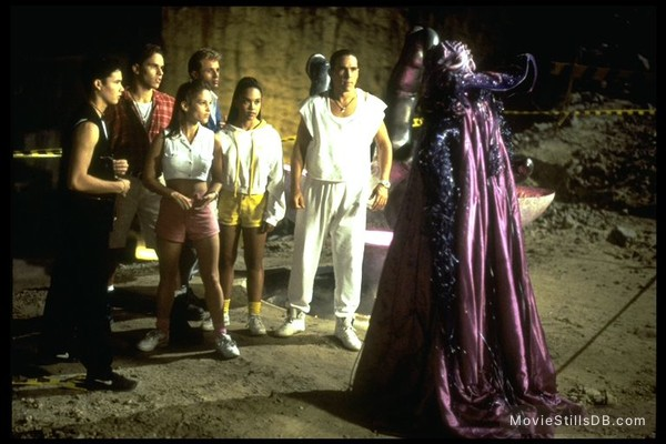 Mighty Morphin Power Rangers: The Movie - Publicity still of Paul Freeman, Amy Jo Johnson, Jason David Frank, Johnny Yong Bosch, David Yost, Steve Cardenas & Karan Ashley