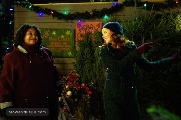 Sound Of Christmas.Sound Of Christmas Publicity Still Of Lindy Booth