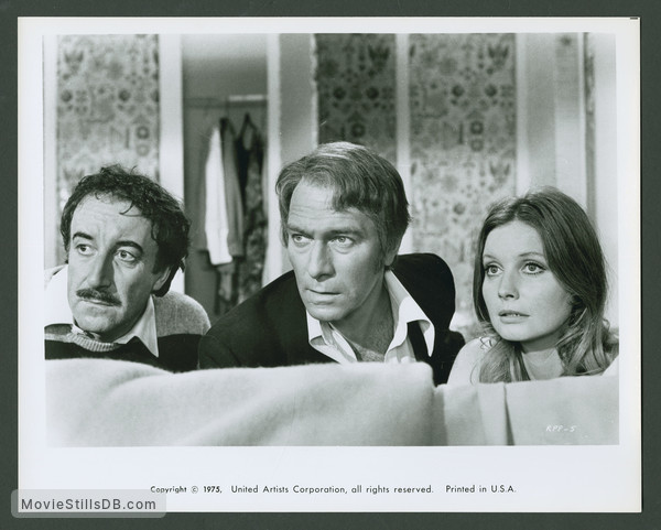 The Return of the Pink Panther - Publicity still of Peter Sellers, Christopher Plummer & Catherine Schell