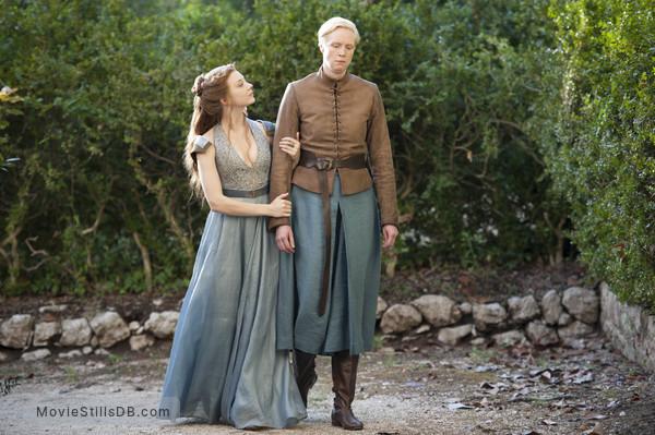 Game of Thrones - Publicity still of Natalie Dormer & Gwendoline Christie