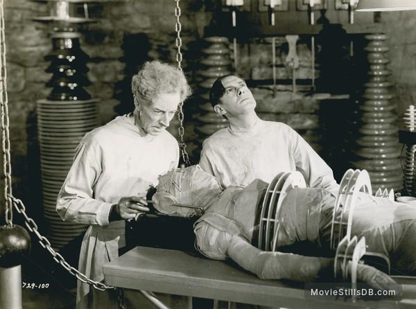 Bride of Frankenstein - Publicity still of Colin Clive, Ernest Thesiger & Elsa Lanchester