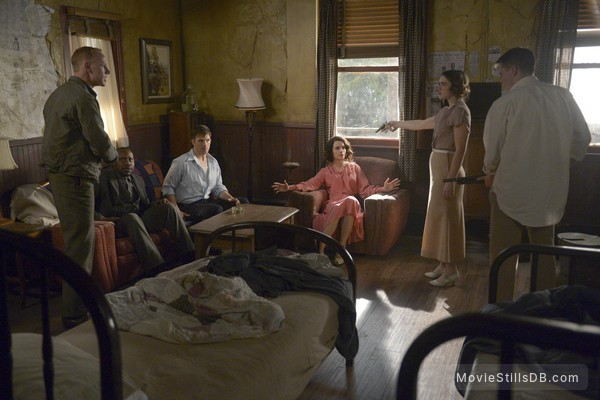 Timeless - Publicity still of Abigail Spencer, Matt Lanter, Malcolm Barrett, Jacqueline Byerr & Sam Strike