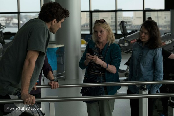 Stronger - Publicity still of Jake Gyllenhaal, Miranda Richardson & Tatiana Maslany