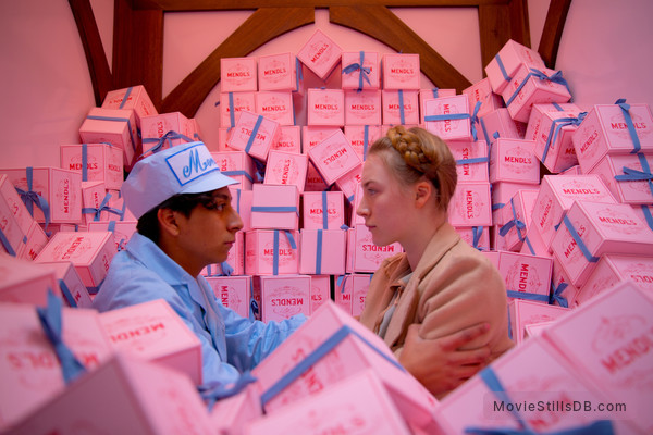 The Grand Budapest Hotel - Publicity still of Saoirse Ronan & Tony Revolori