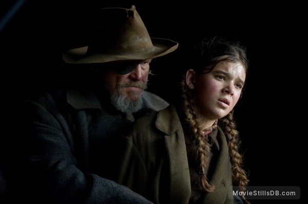 True Grit - Publicity still of Jeff Bridges & Hailee Steinfeld