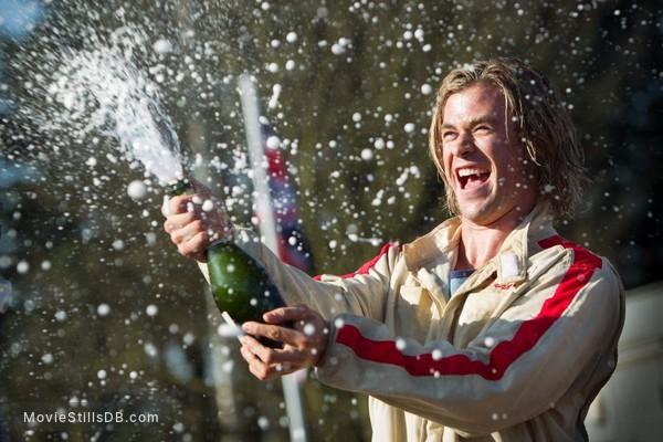 Rush - Publicity still of Chris Hemsworth