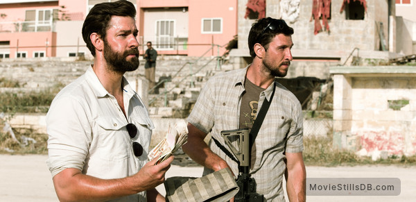 13 Hours: The Secret Soldiers of Benghazi - Publicity still of John Krasinski & Pablo Schreiber