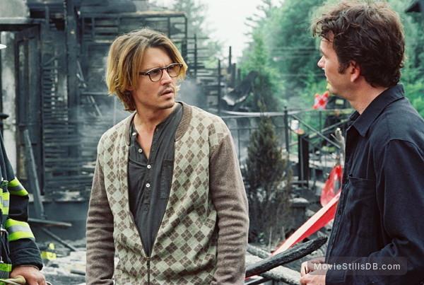 Secret Window - Publicity still of Johnny Depp & Timothy Hutton