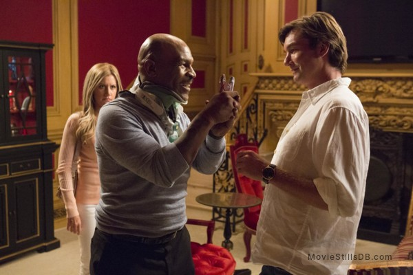Scary Movie 5 - Publicity still of Jerry O'Connell, Mike Tyson & Ashley Tisdale