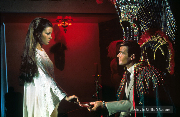 Live And Let Die - Publicity still of Roger Moore & Jane Seymour