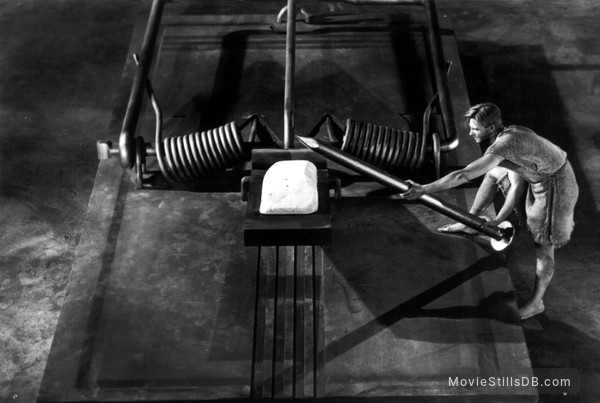The Incredible Shrinking Man - Publicity still of Grant Williams