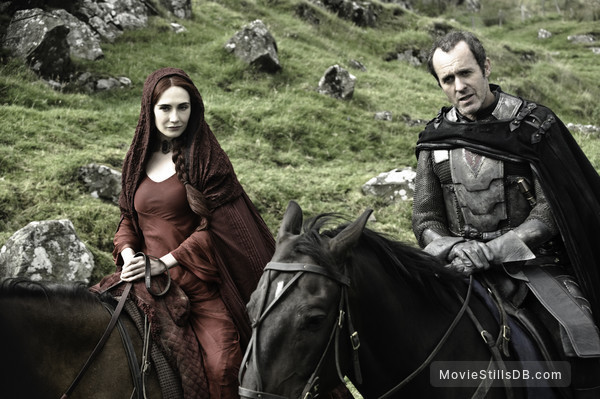 Game of Thrones - Publicity still of Stephen Dillane & Carice van Houten