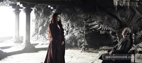Game of Thrones - Publicity still of Carice van Houten & Stephen Dillane