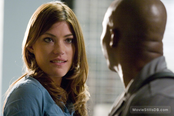 Dexter - Publicity still of Jennifer Carpenter