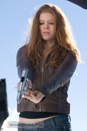 Shooter - Publicity still of Kate Mara