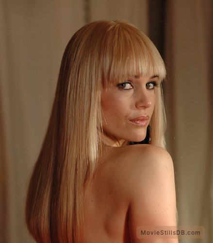 Elektra Luxx - Publicity still of Carla Gugino