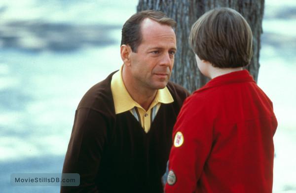 The Kid - Publicity still of Bruce Willis & Spencer Breslin