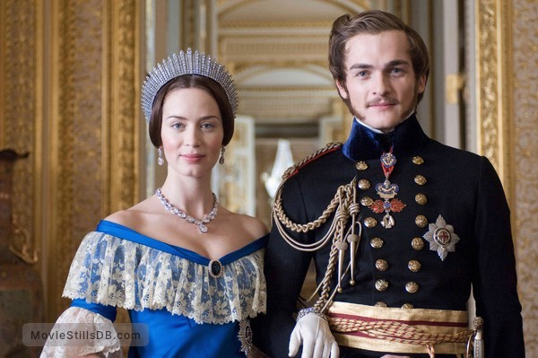 The Young Victoria - Publicity still of Emily Blunt & Rupert Friend