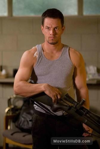 Shooter - Publicity still of Mark Wahlberg