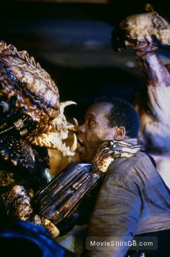 Predator 2 - Publicity still of Danny Glover & Kevin Peter Hall