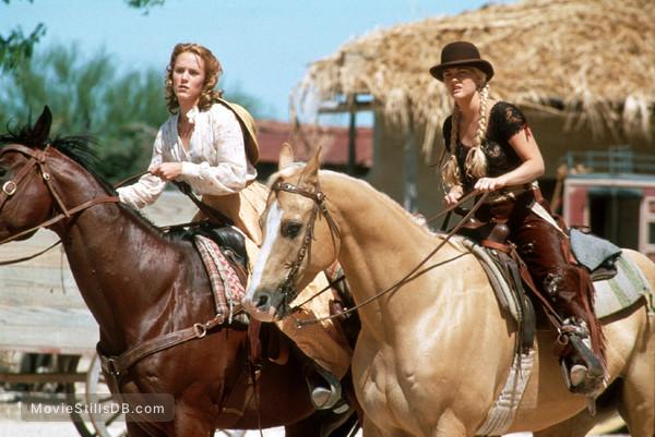 Bad Girls - Publicity still of Drew Barrymore & Mary Stuart Masterson