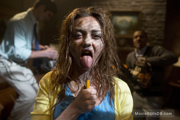 Scary Movie 5 - Publicity still of Sarah Hyland
