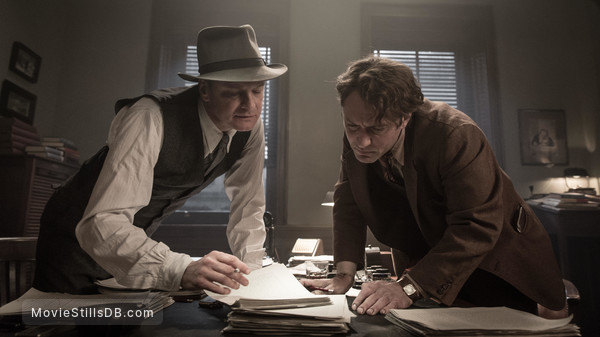 Genius - Publicity still of Jude Law & Colin Firth