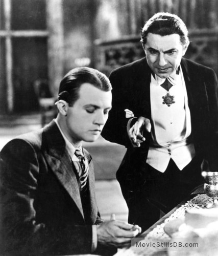 Dracula - Publicity still of Bela Lugosi & David Manners
