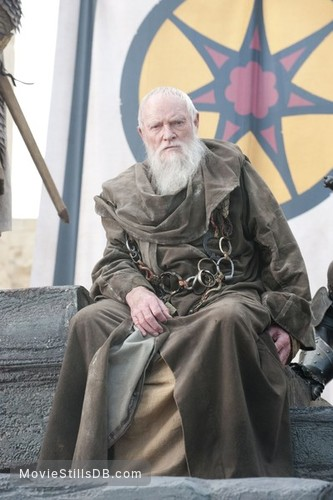 Game of Thrones - Publicity still of Julian Glover