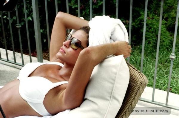 2 Fast 2 Furious - Publicity still of Eva Mendes