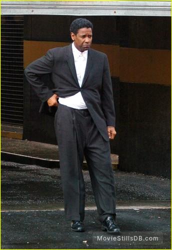 American Gangster Publicity Still Of Denzel Washington