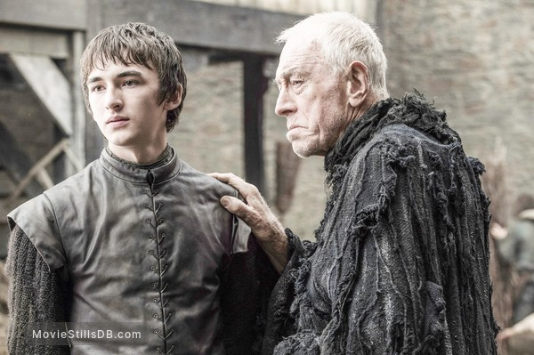 Game of Thrones - Publicity still of Isaac Hempstead-Wright & Max von Sydow