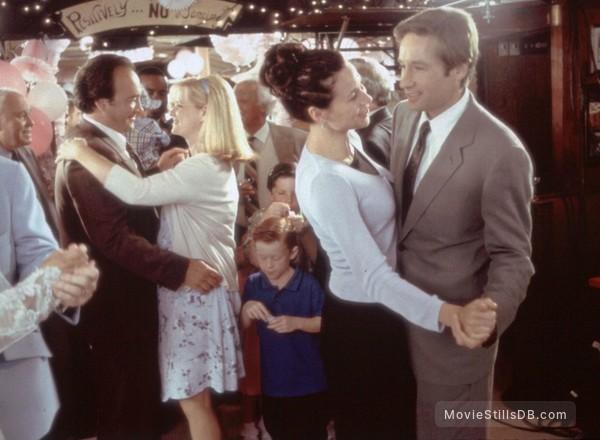 Return to Me - Publicity still of David Duchovny, Minnie Driver, James Belushi & Bonnie Hunt