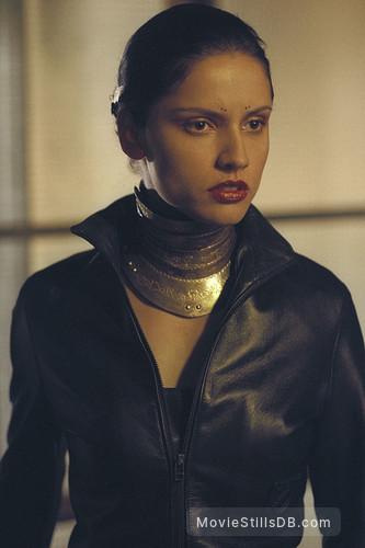 Blade 2 - Publicity still of Leonor Varela