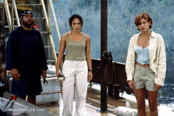 Anaconda - Publicity still of Ice Cube, Jennifer Lopez & Kari Wuhrer