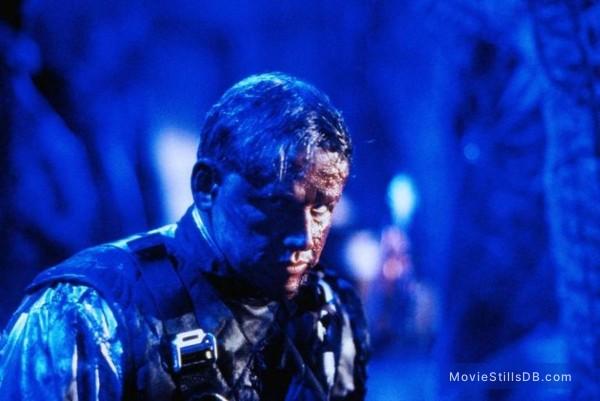 Predator 2 - Publicity still of Gary Busey