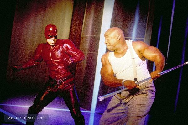 Daredevil - Publicity still of Ben Affleck & Michael Clarke Duncan