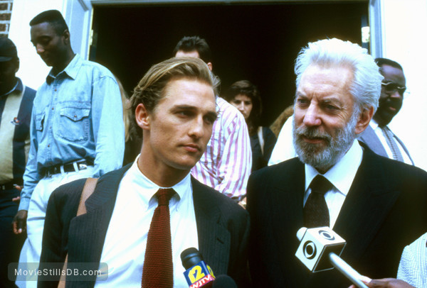 A Time to Kill - Publicity still of Matthew McConaughey & Donald Sutherland
