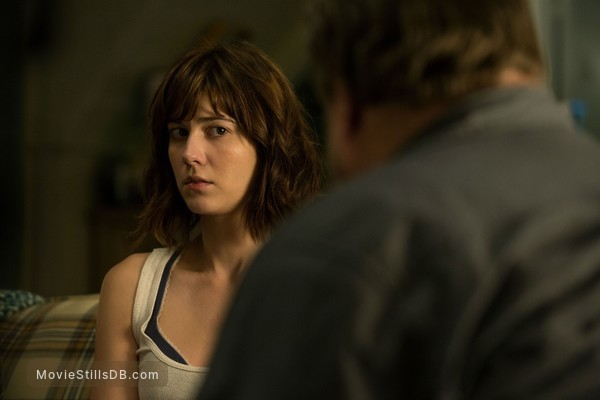 10 Cloverfield Lane - Publicity still of Mary Elizabeth Winstead