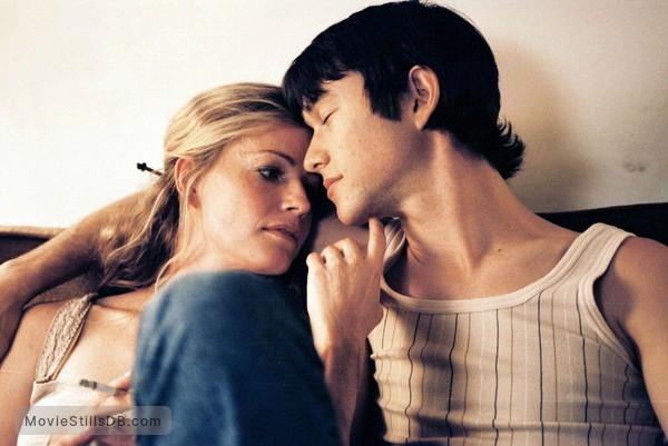 Michelle trachtenberg and joseph gordon-levitt dating