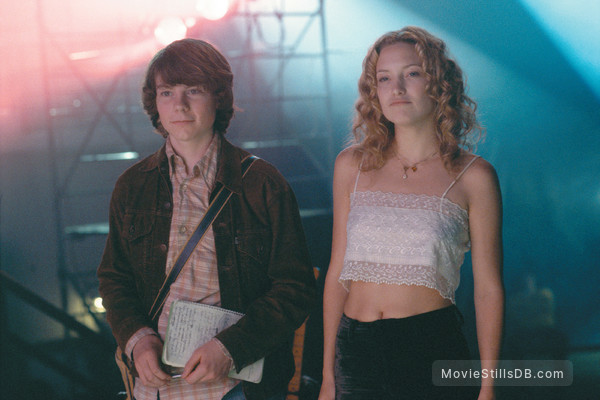 Almost Famous - Publicity still of Patrick Fugit & Kate Hudson