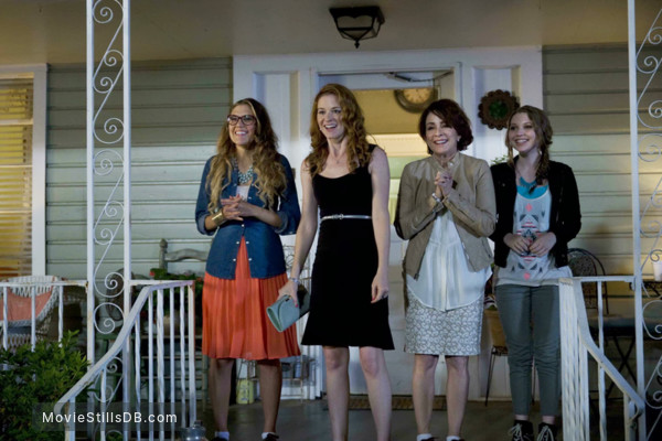 Moms' Night Out - Publicity still of Logan White, Sarah Drew, Patricia Heaton & Sammi Hanratty