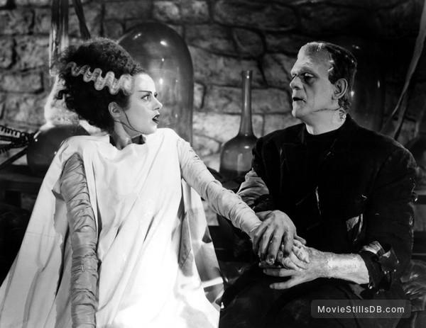 Bride of Frankenstein - Publicity still of Elsa Lanchester & Boris Karloff