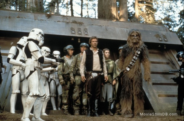 Star Wars: Episode VI - Return of the Jedi - Publicity still of Harrison Ford, Carrie Fisher & Peter Mayhew