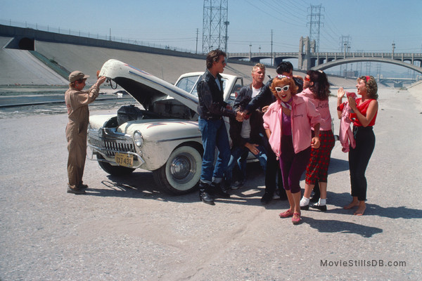 Grease - Publicity still of John Travolta, Didi Conn, Kelly Ward, Jeff Conaway & Dinah Manoff