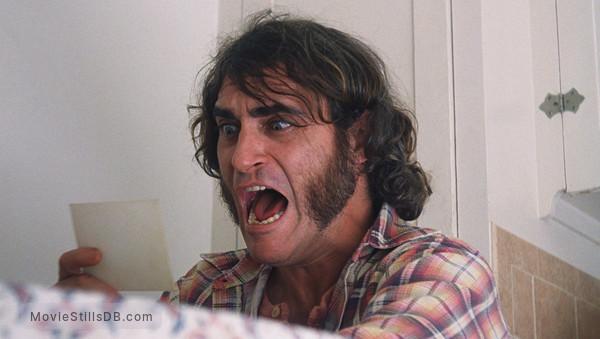 Inherent Vice - Publicity still of Joaquin Phoenix
