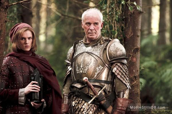 Game of Thrones - Publicity still of Ian McElhinney & Eugene Simon