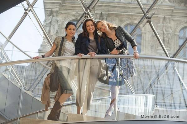 Monte Carlo - Publicity still of Selena Gomez, Katie Cassidy & Leighton Meester