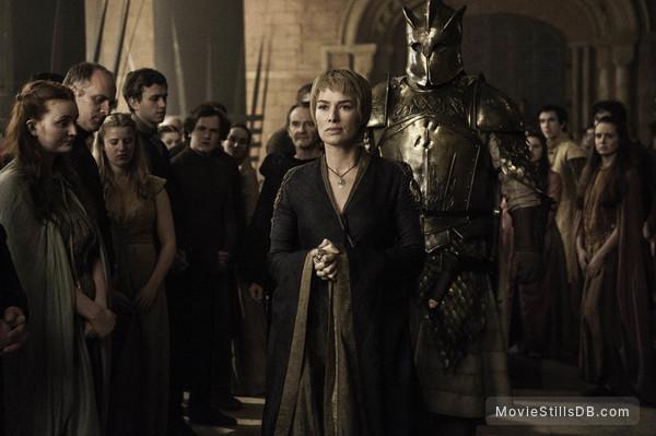 Game of Thrones - Publicity still of Lena Headey & Hafþór Júlíus Björnsson